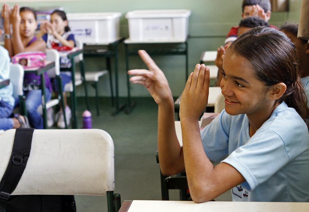 Mais de 4 mil alunos com algum tipo de surdez são atendidos no estado de São Paulo