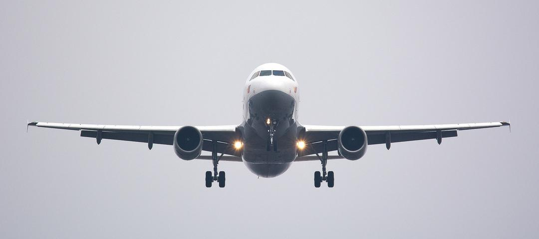 Reserva de assentos gratuitos a pessoas com deficiência não vale para empresas aéreas, diz STJ