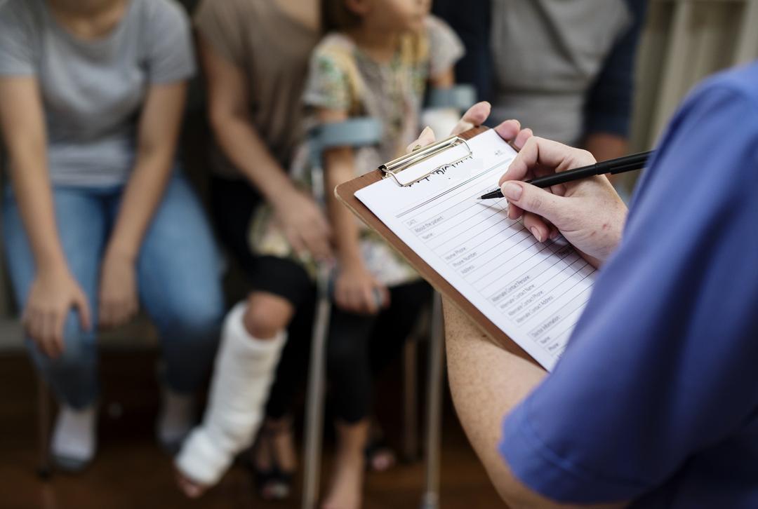 Fila do INSS: 420 mil pessoas com deficiência esperam por Benefício de Prestação Continuada (BPC)