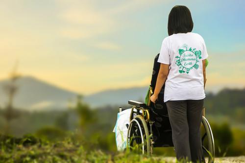 Projeto de lei prevê estabilidade no emprego para responsáveis por pessoa com deficiência