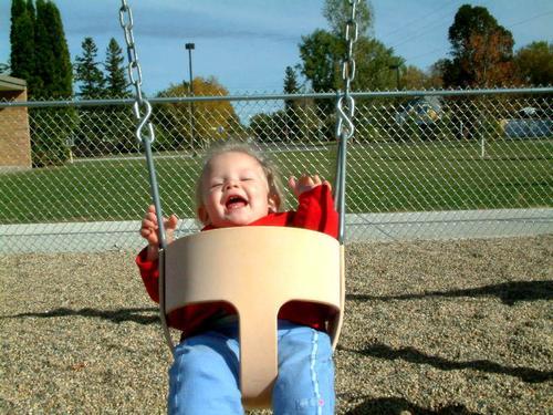 Prematuros: o movimento e o brincar. Ideias para estimular o sistema vestibular