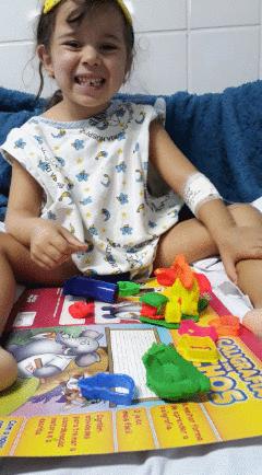 Relato de uma mãe à procura de ajuda para encontrar a cura de uma filha