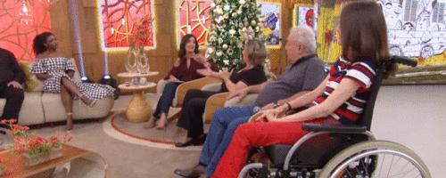 Gabriela tem paralisia cerebral e faz mestrado em Psicologia - Veja vídeo do Programa Encontro com Fátima Bernardes